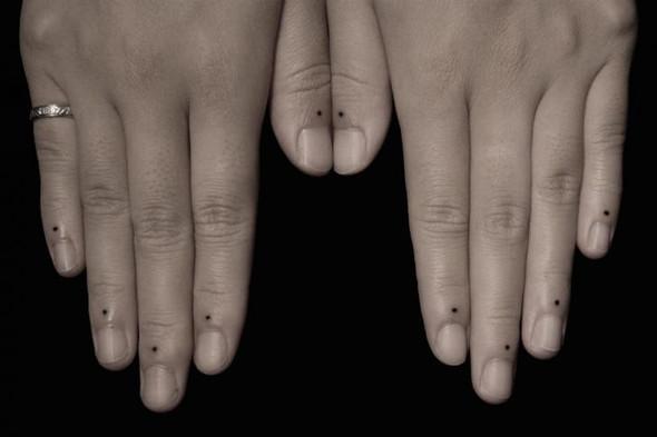 Tattoo Auf Den Finger