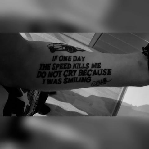 Tattoo Und Nun Keine Chance Bei Der Polizei Bewerbung Grundrechte