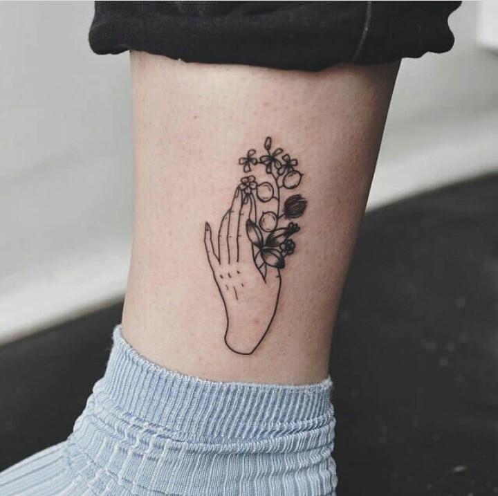 Tattoos über dem Knöchel? (Schmerzen, Tattoo)
