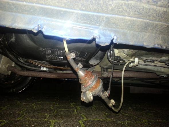 Bild - (Auto, unterboden)