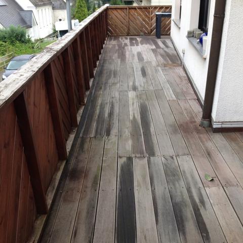 terrasse bei dem wetter lasieren heimwerken streichen. Black Bedroom Furniture Sets. Home Design Ideas