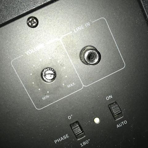 Sub Eingang Chinch  - (Musik, Technik, Sound)