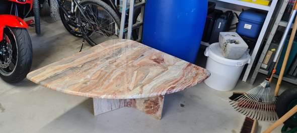 Tisch Material?