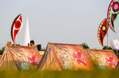 tent - (Party, Festival, Tomorrowland)