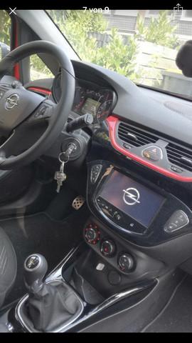Touchscreen im Opel Corsa - unterstützt CarPlay?