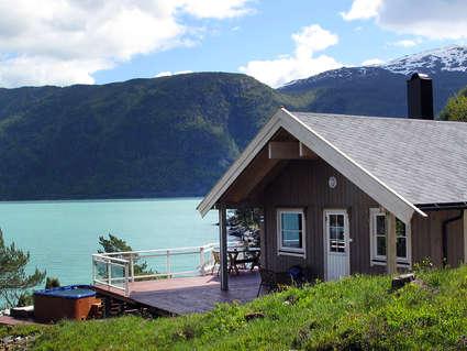 Traum vom haus an see urlaubsidee urlaub norwegen for Urlaub haus am see
