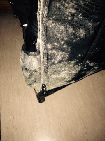 Bevorzugt Trolley verschimmelt, kann man so was zur Reinigung geben? Selbst JT71