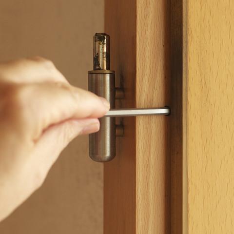 Tür einstellen - aber keine Möglichkeit da? (Heimwerker)