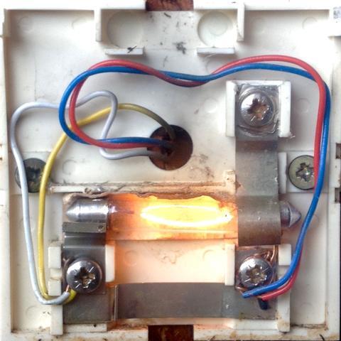Türklingel austauschen, Kabel anschließen (Elektrik, Klingel)