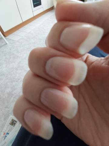 Fingernägeln langen frau mit Handjob bei