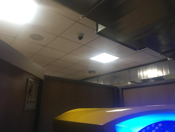 Überwachungskamera im Solarium / Sonnenstudio? (Überwachung, Überwachungssystem)