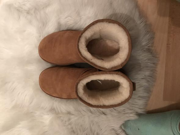 Ugg Schuhe dehnen sich nach dem 1. Tag so stark aus?