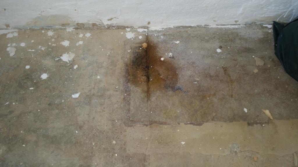 um was f r bodenbelag handelt es sich hier ist mit asbest zu rechnen renovierung sanierung. Black Bedroom Furniture Sets. Home Design Ideas