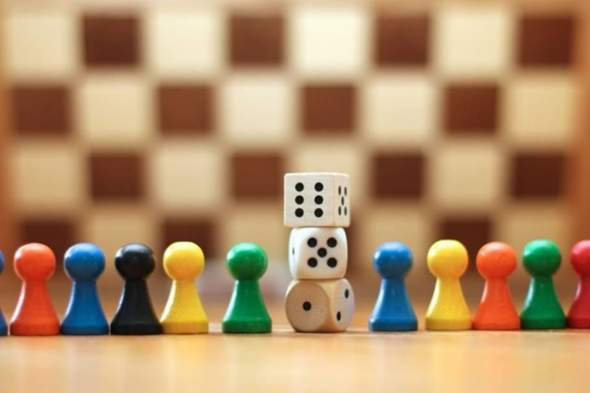 Umfrage - Sind Gesellschaftsspiele noch aktuell, spielt ihr solche?