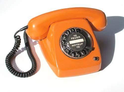 """Umfrage : wer von euch nutzt noch """" alte """" Telefone?"""