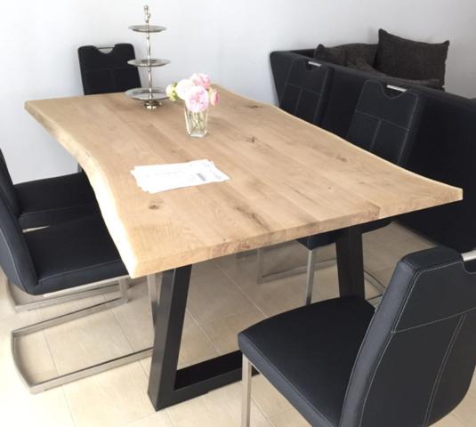 Tisch - (Schutz, holztisch, unbehandelt)