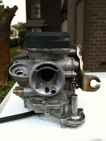 Vergaser ausgebaut - (Roller, Benzin, Vergaser)