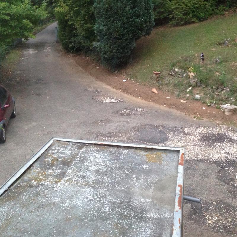unsere einfahrt pflastern oder teeren pflaster asphalt. Black Bedroom Furniture Sets. Home Design Ideas