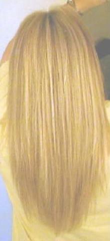 Frisur hinten spitz zulaufend