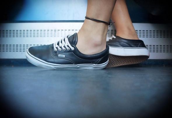 Vans tragen (Schuhe)? (Schule, Mode, Kleidung)