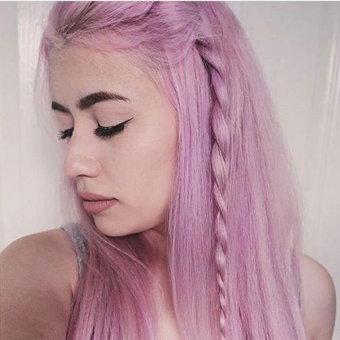 ..... - (Haare, Eltern, Farbe)