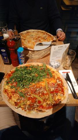 Vegetarische Riesen Pizza Bei Der Kette Losteria Kalorien