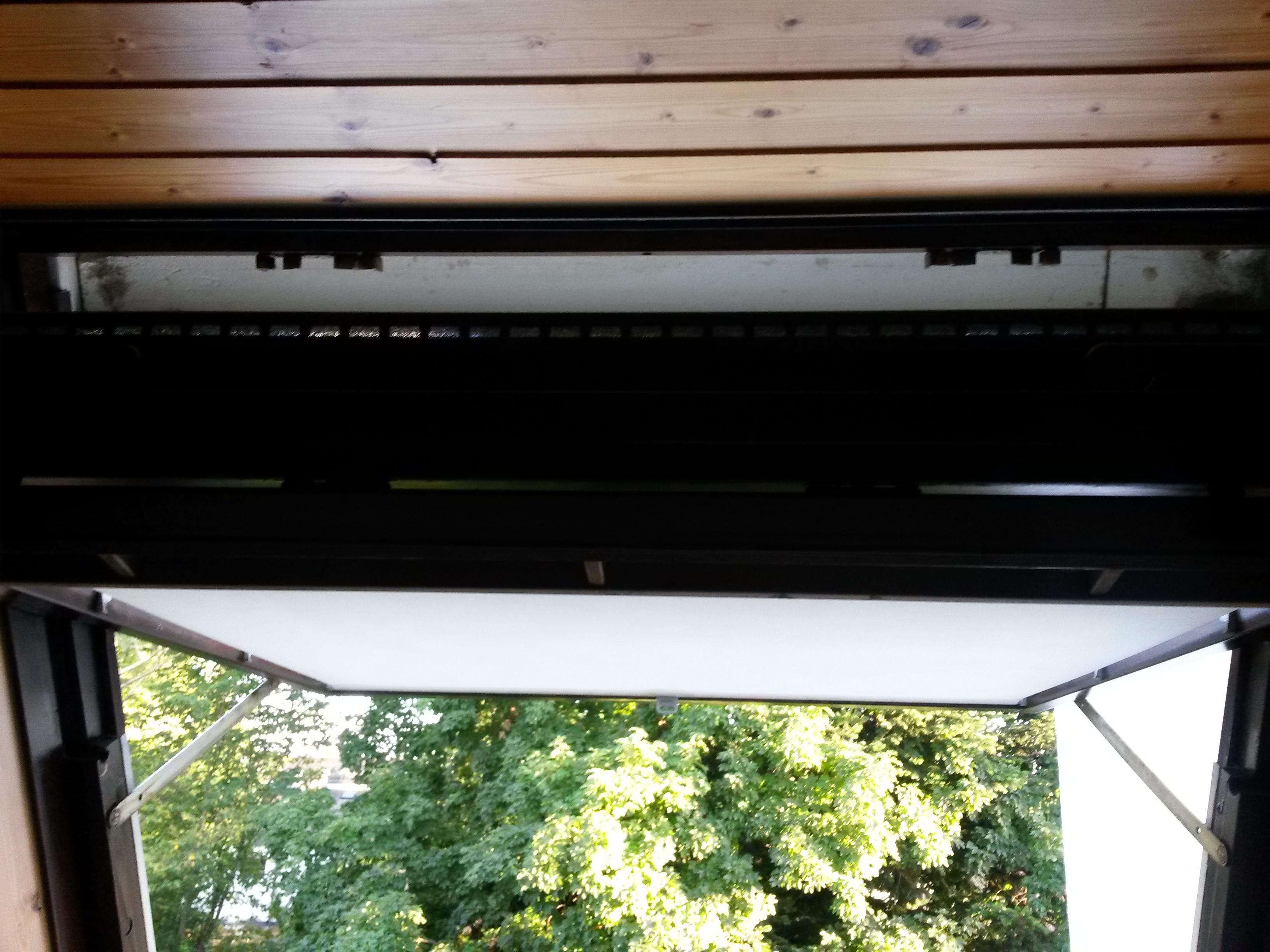 velux schwingfenster geht nicht zu schliessen dachfenster. Black Bedroom Furniture Sets. Home Design Ideas