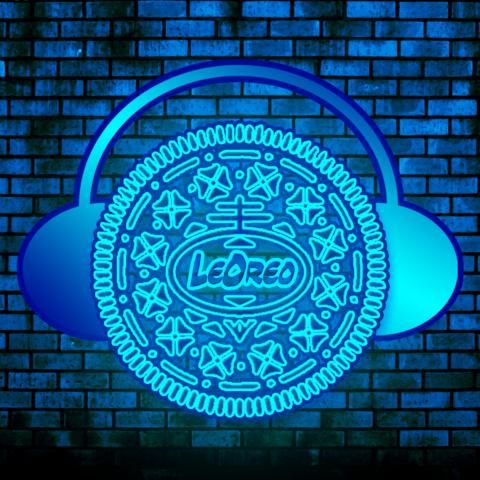 - (Computer, Musik, Technik)