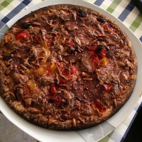 Das ist die Pizza. - (essen, Krankheit, Nahrung)