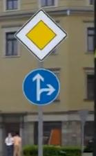 - (Auto, Stadt, Verkehrsregeln)