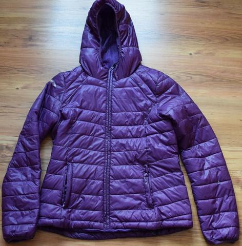 Kaputte H&M Damen Sportjacke - (Müll, Recycling, altkleidung)