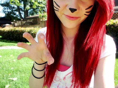 Rot. - (Haare, Haarfarbe, färben)