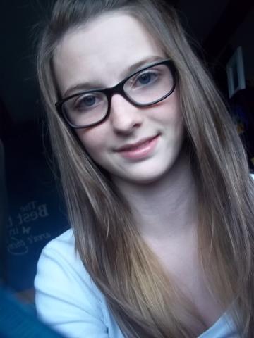 ich mit Brille ;) - (Haare, Färbung)