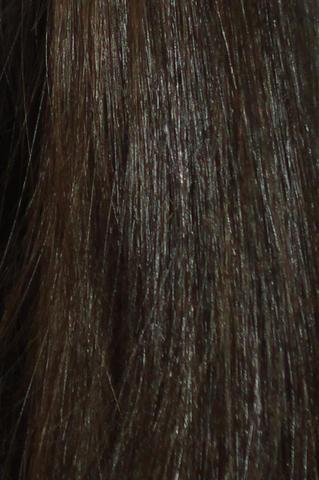 Das ist meine Naturhaarfarbe sie hat in echt noch einen kleinen Rot Stich - (Haare, Frisur, färben)