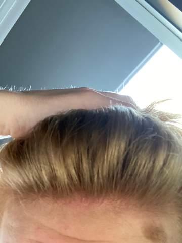 - (Haare, Frisur, Färben)