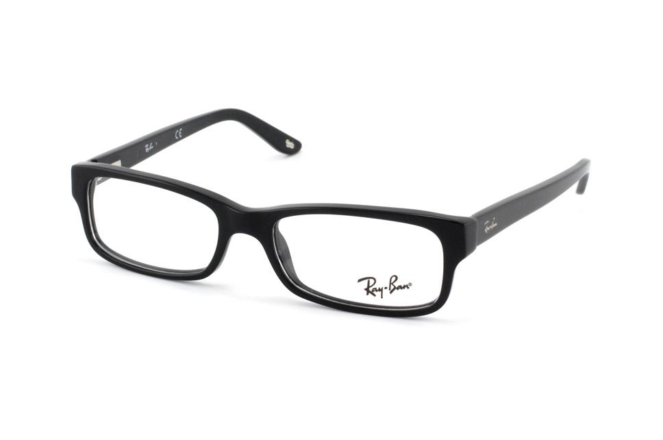 Von einer randlosen Brille umsteigen auf eine Brille mit Rand (Mode)