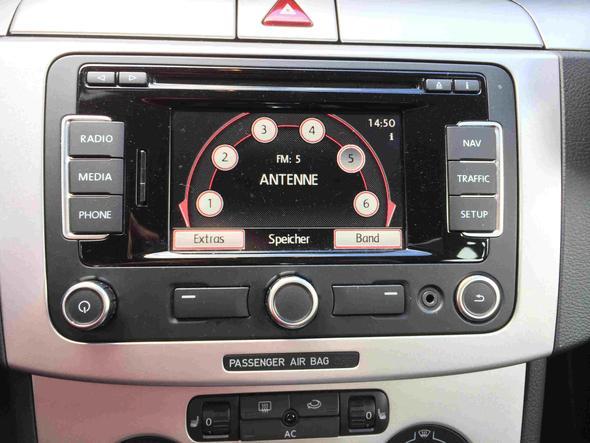 Das ist das Radio - (Auto, iPhone, audio)