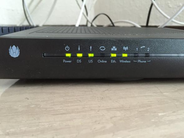 Hier der Router. - (W-Lan, Wifi, Unitymedia)