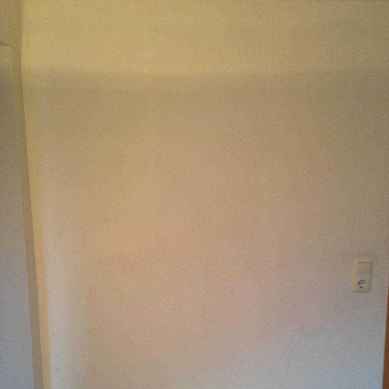 wand streichen mit 2 braunt nen und weiss mode farbe kunst. Black Bedroom Furniture Sets. Home Design Ideas