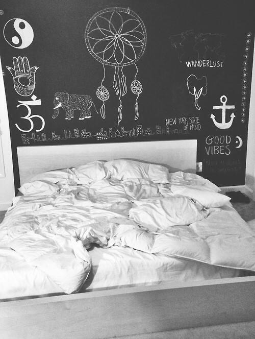 wand streichen und als tafel verwenden malerei. Black Bedroom Furniture Sets. Home Design Ideas