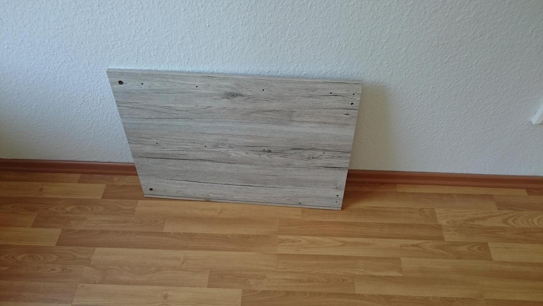Wandgestaltung bei KirschLaminat und SandeicheMöbeln