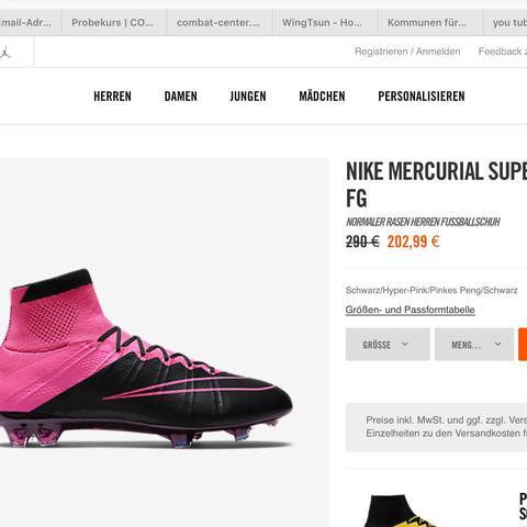 ....... - (Fußball, Kleidung, Schuhe)