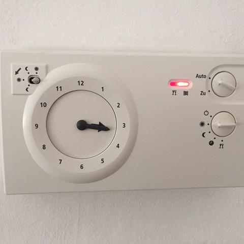 Dieses rote Licht blinkt ständig - (Technik, Störung, Lüftung)
