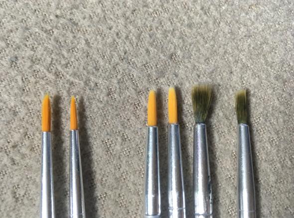 Warum fransen meine Ölmalpinsel so aus nach kurzer Zeit und verlieren ihre spitze Form?