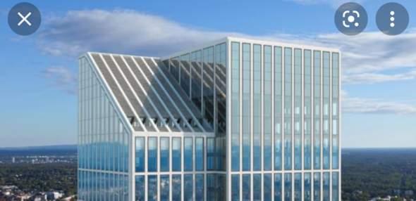 Warum ist das Dach des Taunusturms in Frankfurt abgeschrägt?