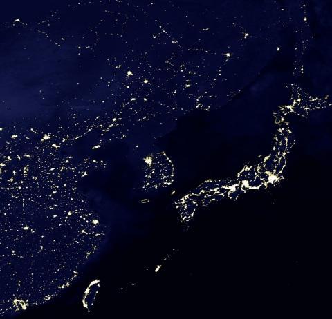 Nordkorea im Dunkeln - (Korea, Nordkorea, Energieeinsparung)