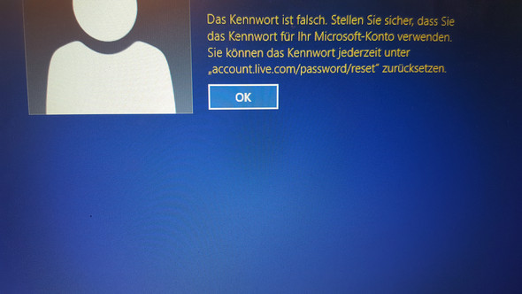 - (PC, Account, Passwort)