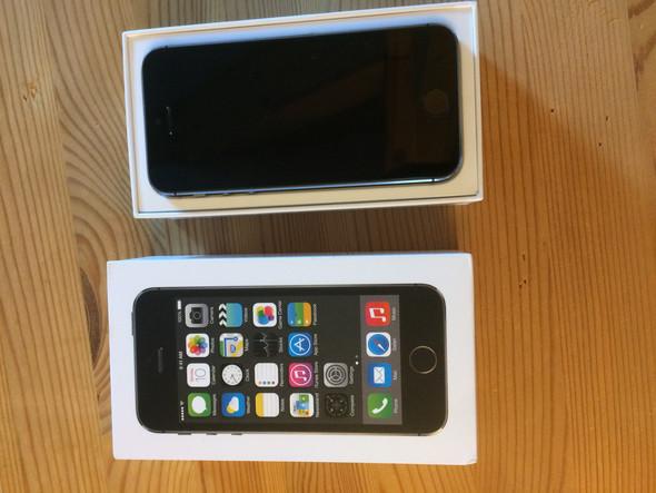 warum kaufen menschen defekte handys apple iphone s. Black Bedroom Furniture Sets. Home Design Ideas