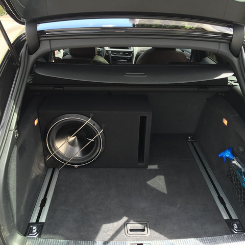 warum riecht mein subwoofer auto anlage endstufe. Black Bedroom Furniture Sets. Home Design Ideas