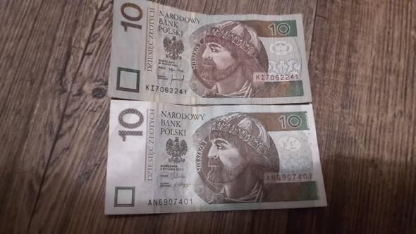 - (Polen, zloty)